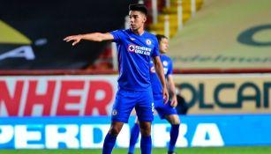 Fernández en un partido con Cruz Azul