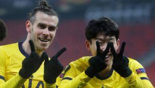 Son y Gareth Bale festejando un gol a favor de los Spurs