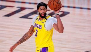 Davis en juego de los Lakers