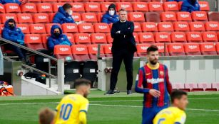 El entrenador del Barcelona Ronald Koeman durante el partido de liga entre Barcelona y Cádiz