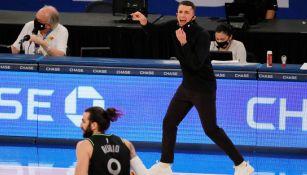 Ryan Saunders, en acción con los Timberwolves