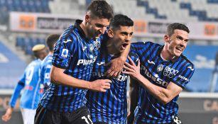 Jugadores de Atalanta, en festejo de gol