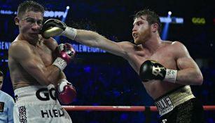 Canelo Álvarez en acción ante Golovkin