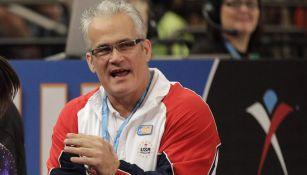 John Geddert, durante un evento de gimnasia