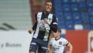Funes Mori festejando un gol a favor con Rayados