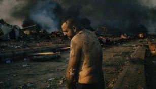 """FOTO: """"Un hombre herido tras la explosión en el puerto de Beirut"""", de Lorenzo Tugnoli"""