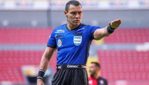 Marco Antonio Ortiz Nava, en un juego de la Liga MX