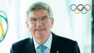 Thomas Bach, ex campeón olímpico de esgrima, en presentación reelecto presidente del COI