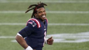 Cam Newton en un partido de los Patriots