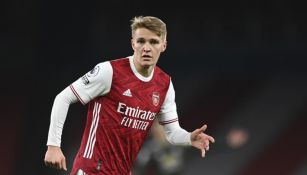 Odegaard en acción con el Arsenal