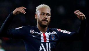 Neymar Jr reacciona en partido del PSG