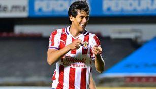 JJ Macías en partido con Chivas
