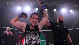 Montserrat 'Conejo' Ruiz en pelea