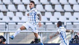 Lautaro Martínez festejando un gol a favor del Inter de Milán