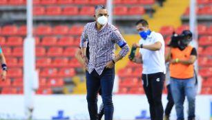 Altamirano en el partido con Querétaro