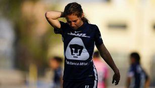 Deneva Cagigas, defensa de Pumas, en un partido