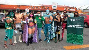 Luchadores en el Mercado de Jamaica