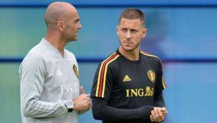 Roberto Martínez y Hazard en un entrenamiento de Bélgica