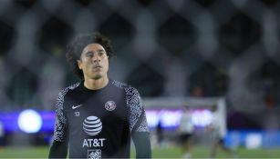 Guillermo Ochoa antes del partido ante Mazatlán