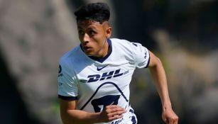 Oliver Pérez en un partido de Pumas Sub 20
