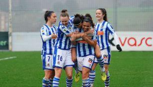 Kiana Palacios en festejo de gol
