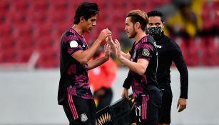 Uriel Antuna celebra gol ante Estados Unidos