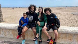 Marcelo Vieira y su familia en una playa de Valencia