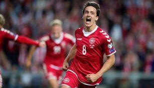 Video: Golazo de 'escorpión' de jugador de la selección de Dinamarca en entrenamiento