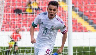 Carlos Rodríguez festeja un gol con la Selección en el Preolímpico