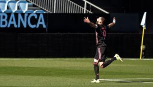 Karim Benzema celebra gol frente al Celta