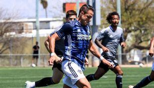 Chicharito Hernández en el duelo entre LA Galaxy y Sporting Kansas City