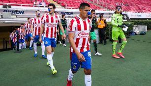 Jugadores de Chivas previo al partido ante Santos