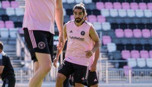 Rodolfo Pizarro durante un entrenamiento con Inter de Miami