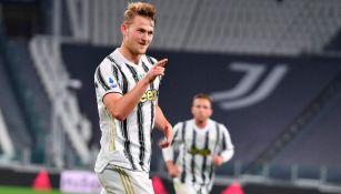 De Ligt en festejo con la Juventus