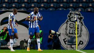 Tecatito Corona: Porto venció a Vitória Guimarães y mete presión al Sporting