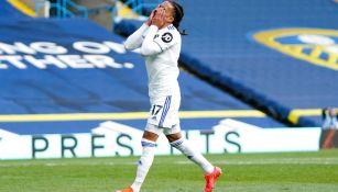 Helder Costa del Leeds United reacciona durante patido contra el Manchester United