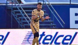 Nicolás Freire durante un partido con Pumas