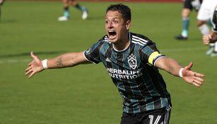 Chicharito Hernández en partido con Galaxy