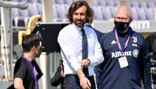 Andrea Pirlo en acción en partido de la Serie A