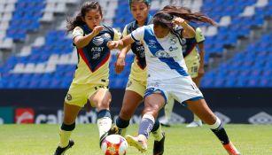 Acciones entre el América y Puebla Femenil