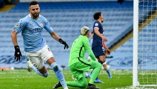 Mahrez en festejo con Manchester City ante PSG