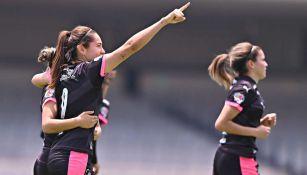 Rayadas en festejo de gol