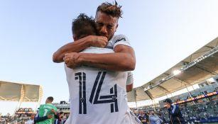 Chicharito Hernández y Jonathan Dos Santos: Mexicanos dieron victoria a Galaxy sobre LAFC
