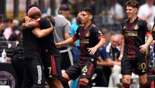 Josef Martínez: 'Chicharito Hernández hace los peores goles y es un crack'