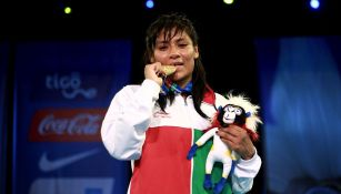 Esmeralda Falcón con su oro en los Centroamericanos de 2018