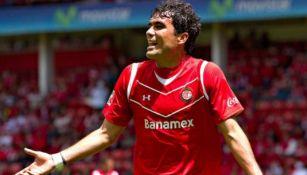 Edgar Dueñas en partido con Toluca