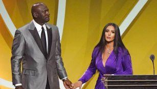 Michael Jordan junto a Vanessa Bryant