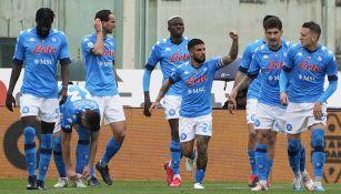 Chucky Lozano: Napoli venció a Fiorentina y está a un triunfo de asegurar Champions