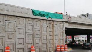 Puente en reparación en la avenida Eugenio Garza Sada y Alfonso Reyes