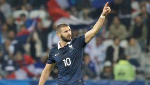 Benzema, en festejo de gol con Francia